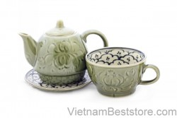 Pair Teapot & Cups floral lotus